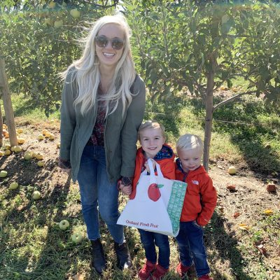 Apple picking + activities at Eckert's Farm